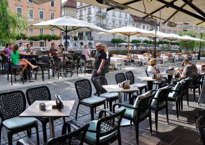 Riverside cafes-2